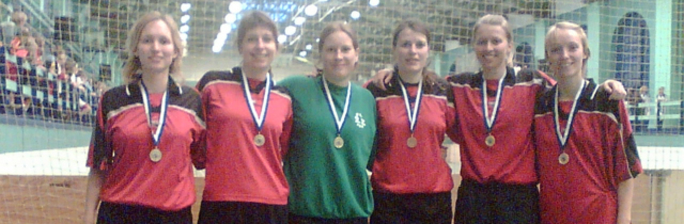 Female_indoor_cup_2006_5