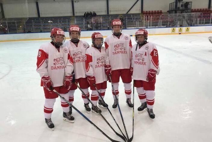 Silkeborg%20ishockeys%20landsholds%20piger%202017%202018