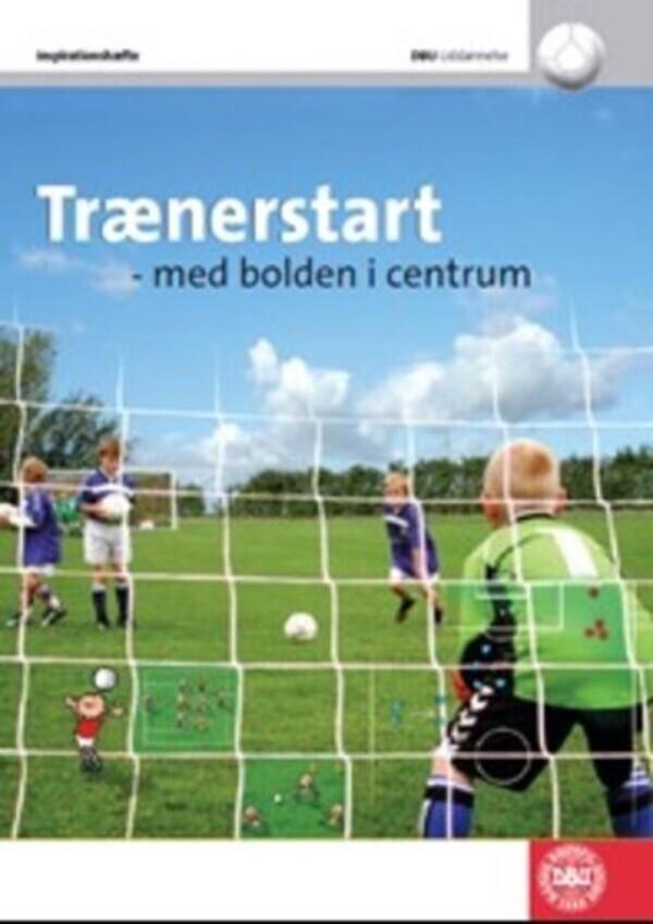 Traenerstart-med-bolden-i-centrum
