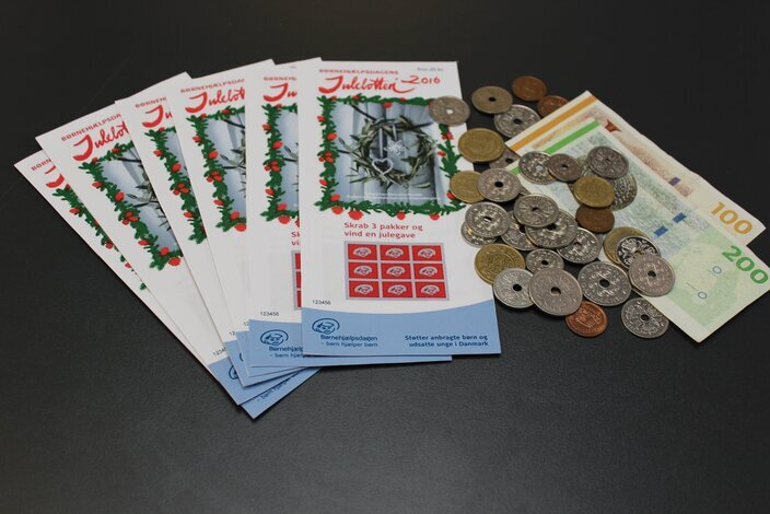 Julelodder-indtjening-lotteri-b%c3%b8rnehj%c3%a6lpsdagen