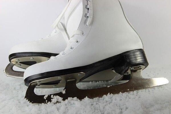 Skates-3623008_640