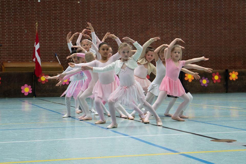 Ballet%205-7%20%c3%a5r