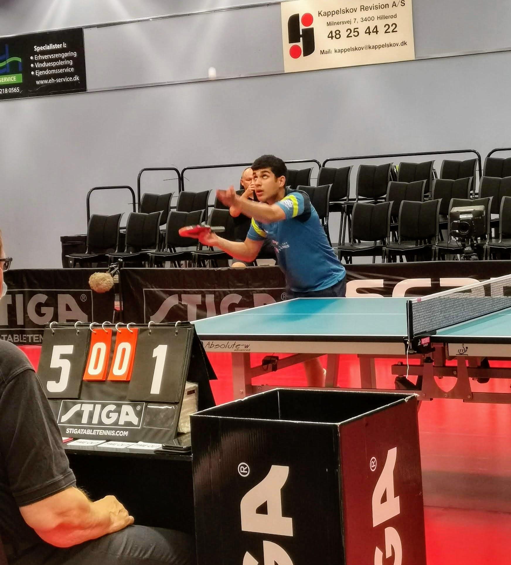 Den bedste amerikanske bordtennisspiller Khanak Jha.